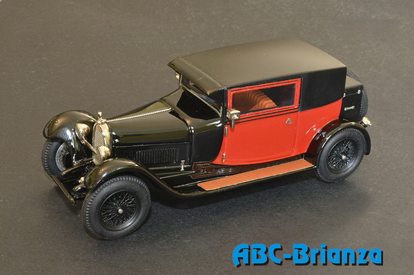 Модель 1:43 Bugatti T44 Fiacre (Long Cab) - black/red