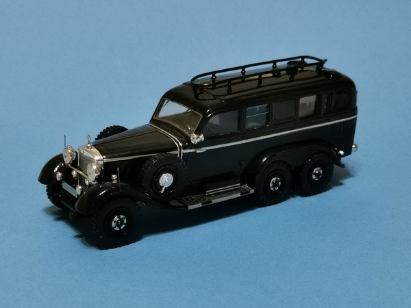 Модель 1:43 Mercedes-Benz G4 Radiocar - black (L.E.35pcs)