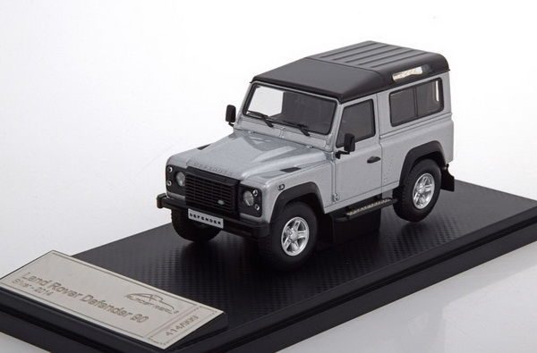 Модель 1:43 Land Rover Defender 90 - silver/black (L.E.999pcs)