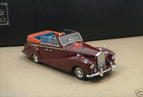 Модель 1:43 Rolls-Royce Silver Wraith All - Weather Cabrio (Royal car for the Australian tour in 1959