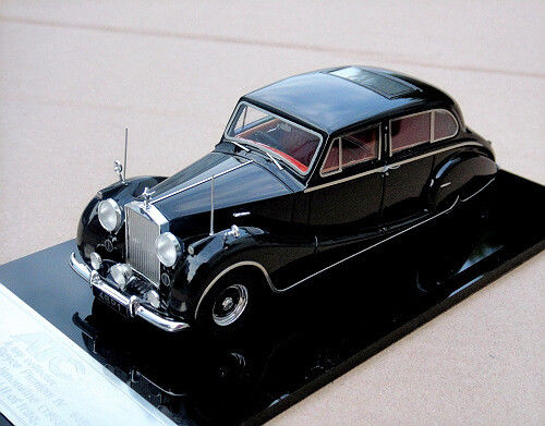 Модель 1:43 Rolls-Royce Phantom IV Hooper limousine Ch.№4BP1 King Saad Faisal II of Iraq - black