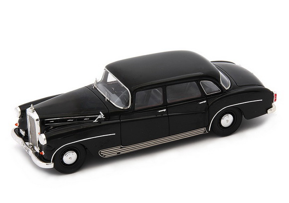 Модель 1:43 Maybach SW 42 - black (L.E.333pcs)