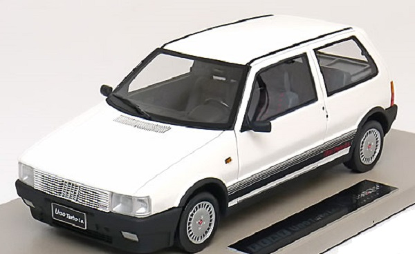 Модель 1:18 FIAT Uno Turbo i.e. - engineered by BBR