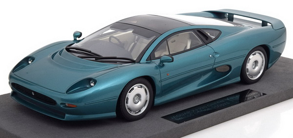 Модель 1:18 Jaguar XJ 220 - Green