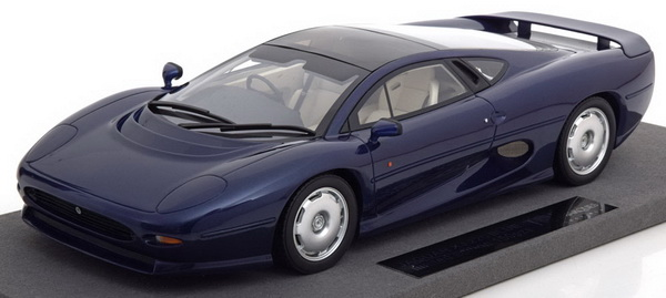 Модель 1:18 Jaguar XJ 220 - blue