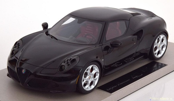 Модель 1:18 Alfa Romeo 4C - black engineered by BBR