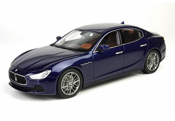 Модель 1:18 Maserati Ghibli - emotion blue met