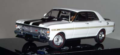 Модель 1:43 Ford XY Falcon GTHO Phase III «Ultra White»