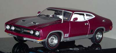 Модель 1:43 Ford XB Falcon GTHardTop - mulberry