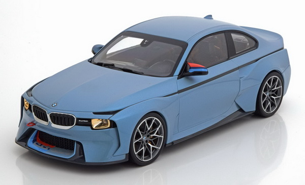 Модель 1:18 BMW 2002 Hommage Collection 2018