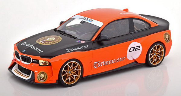 Модель 1:18 BMW 2002 Turbomeister Hommage Collection