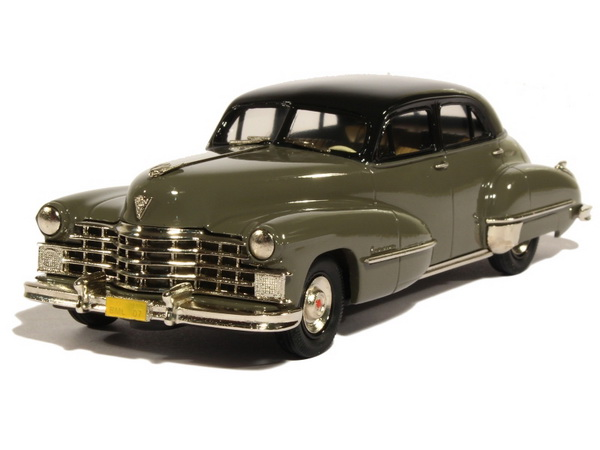 Модель 1:43 Cadillac Series 62 Four Doors Sedan - gunmetal/grey