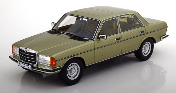 Модель 1:18 Mercedes-Benz 280 E (W123) Limousine - green
