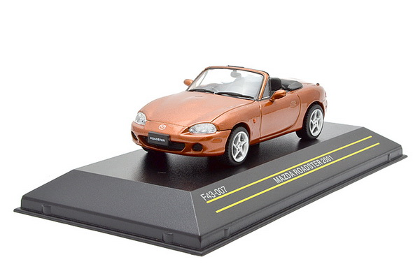 Модель 1:43 Mazda Roadster OPEN - Orange