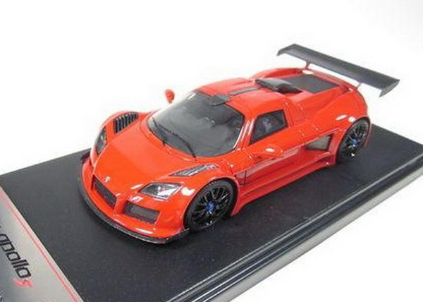 Модель 1:43 Gumpert Apollo - red