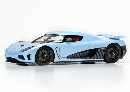 Модель 1:43 Koenigsegg Agera R (Light Blue)