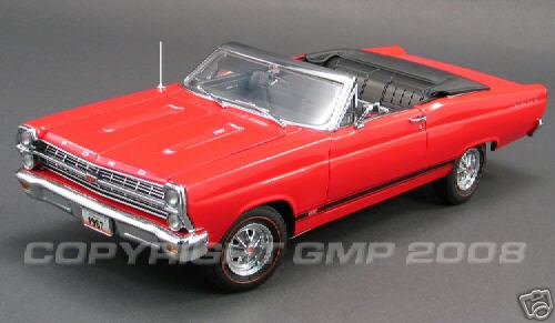 Модель 1:18 Ford Fairlane GT Convertible