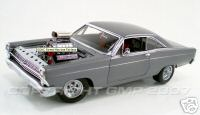 Модель 1:18 Ford Fairlane Street MachineTungsten - gray met