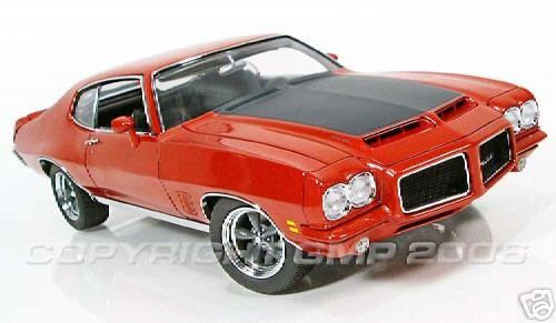 Модель 1:18 Pontiac Ducktail GTO Restomod HardTop