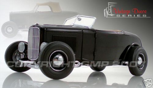 Модель 1:18 Ford 32 series: the Highboy Roadster