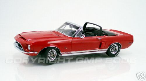 Модель 1:24 Red Shelby GT 500KR Convertible