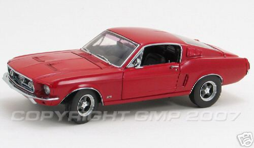 Модель 1:24 Ford Mustang GT Street Machine - red