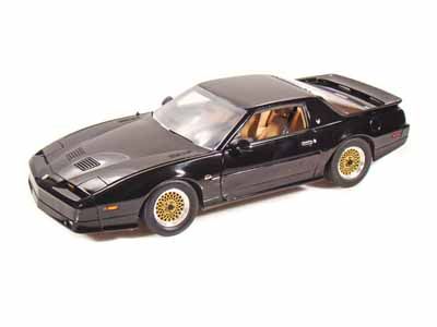 Модель 1:18 Pontiac Trans Am GTA - black