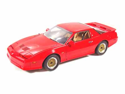 Модель 1:18 Pontiac Trans Am GTA - red