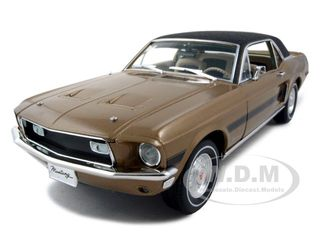 Модель 1:18 Ford Mustang High Country Special Diecast Car - gold