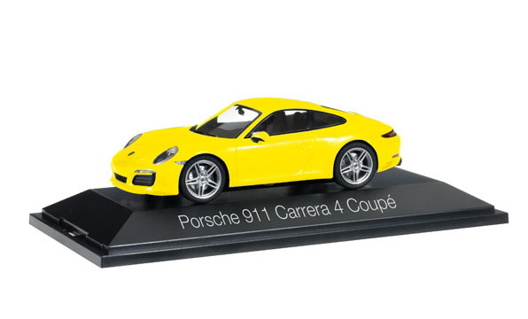 Модель 1:43 Porsche 911 (991) Carrera 4 Coupe - yellow