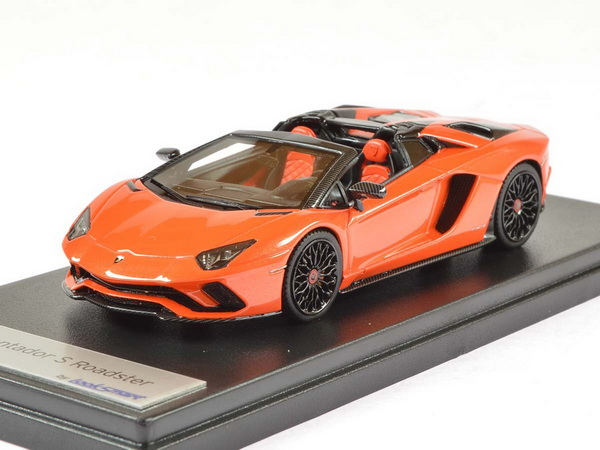 Модель 1:43 Lamborghini Aventador S Roadster - orange