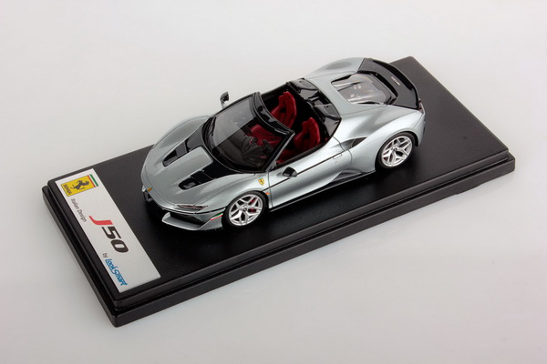 Модель 1:43 Ferrari J50 Spider - Pure Metal Silver Shiny with Italian Flag on the front Wing