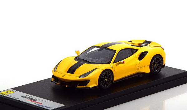 Модель 1:43 Ferrari 488 Pista - yellow/black