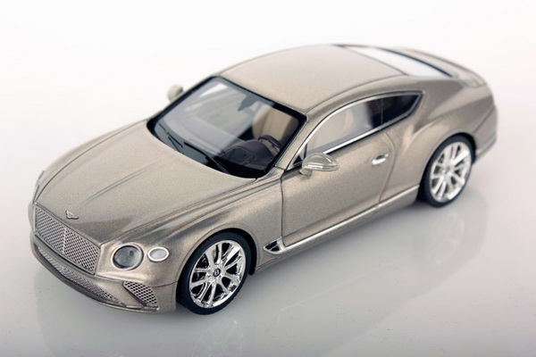 Модель 1:43 Bentley Continental GT Coupe - extreme silver