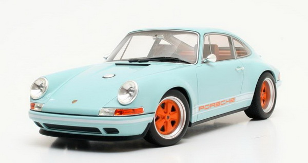 Модель 1:18 SINGER Porsche 911 2014 Light Blue