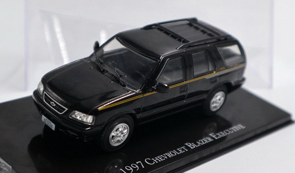 Модель 1:43 CHEVROLET BLAZER EXECUTIVE 1997