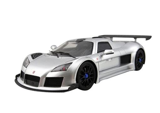 Модель 1:43 Gumpert Apollo - silver