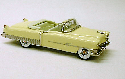 Модель 1:43 Cadillac Series 62 Convertible Gold w/Gold interior and Gold boot