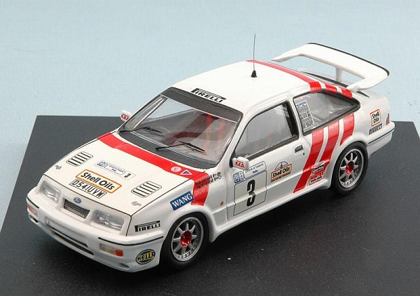 Модель 1:43 Ford Sierra №3 Winner Circuit of Ireland Rally (McRae - Arthur)