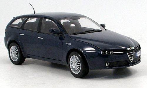 Модель 1:18 Alfa Romeo 159 Station Wagon - blue