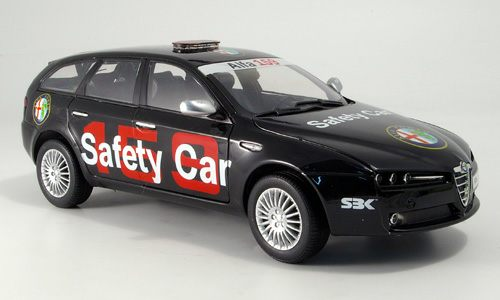 Модель 1:18 Alfa Romeo 159 Station Wagon «Safety Car» SBK