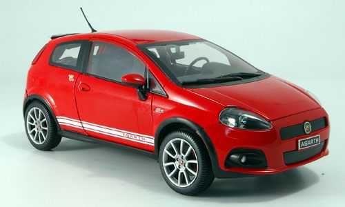 Модель 1:18 FIAT Grande Punto Abarth SS - red