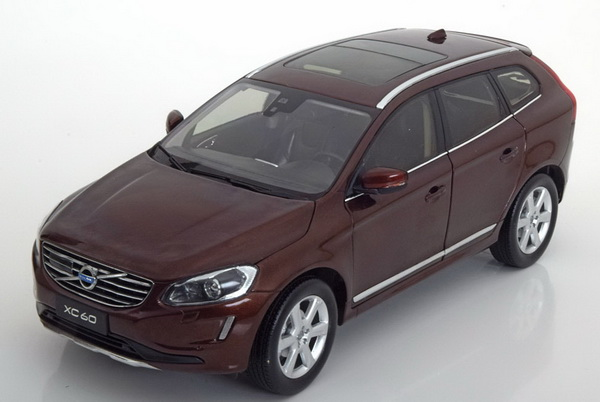 Модель 1:18 Volvo XC60 - brown