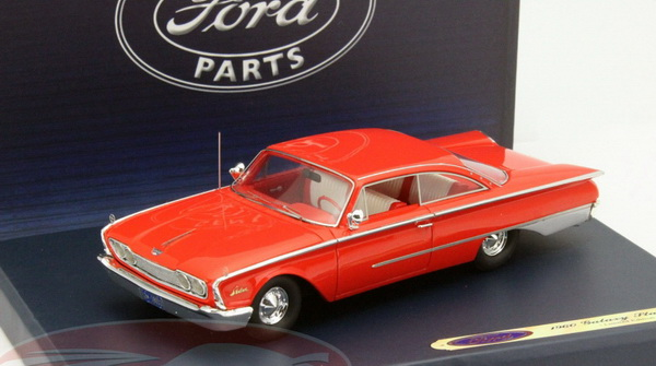 Модель 1:43 Ford Starliner Galaxie - red