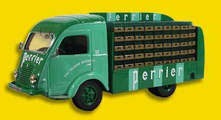 Модель 1:43 Renault Galion «PERRIER»