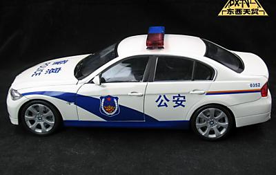 Модель 1:18 BMW 330i Chinese Police Car