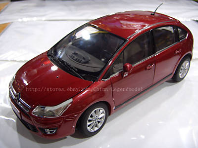 Модель 1:18 Citroen C-Quatre (China) - red