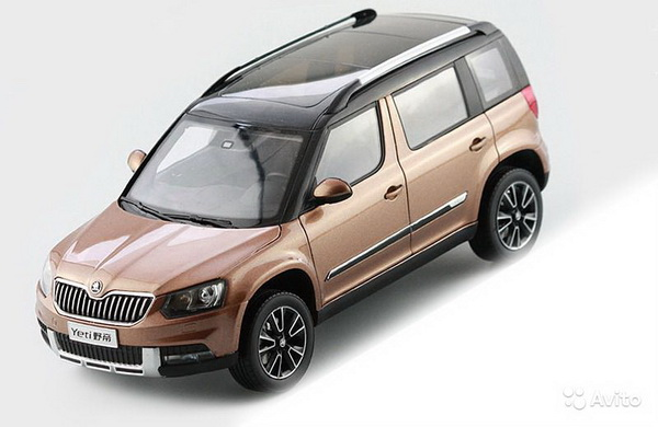 Модель 1:18 Skoda Yeti 1.4TSi - dark brown