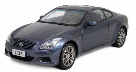 Модель 1:18 Infinity G37 Coupe - Blue
