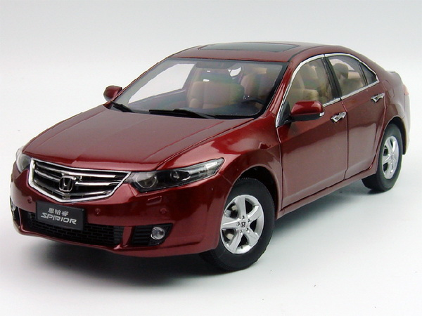 Модель 1:18 Honda Accord/Spirior - red
